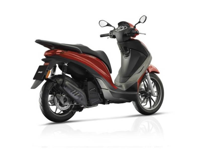 piaggio, medley 150 | scooter catalogue | scootersales